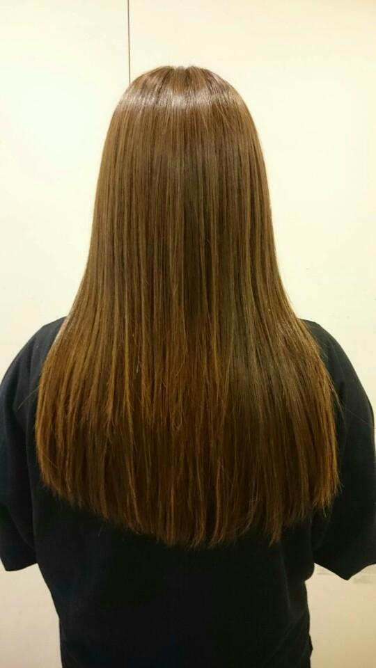 美髪TRIARLコース 質感矯正 minecolla6・0コース 施術前 クセ毛の改善・髪の広がり改善・ダメージの改善