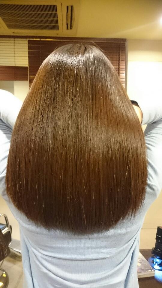 美髪TRIARLコース 質感矯正 minecolla6・0コース 施術前 ダメージの改善 デジタルパーマ施術毛 髪が多いのが悩み